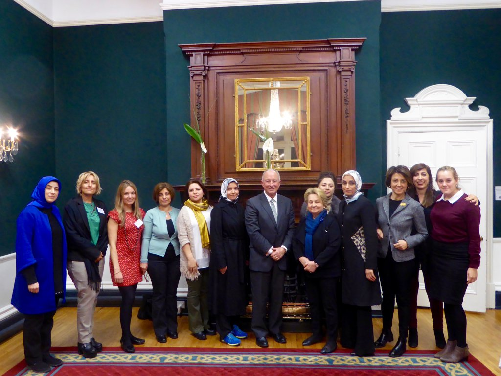 DPI participants with Mr Dermot Ahern, former Irish Foreign Minister, at the Ballymascanlon Hotel in Dundalk.