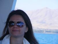 Participant Ceren Sözeri on a boat to Akdamar Island